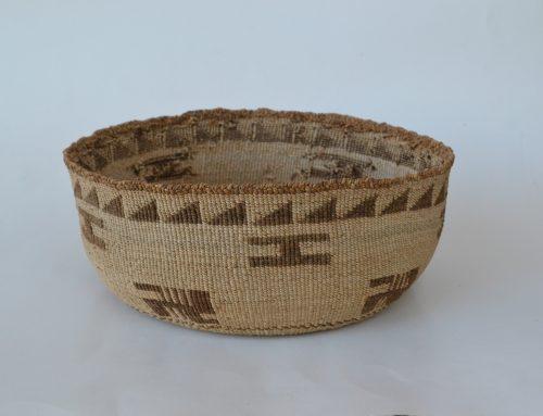 Large Klamath / Modoc Basket Bew#828