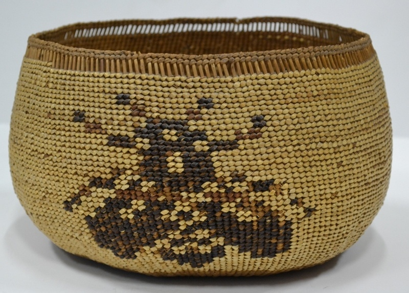 Hupa Area Pictorial Basket Bee Circa 1930's Bew#1000