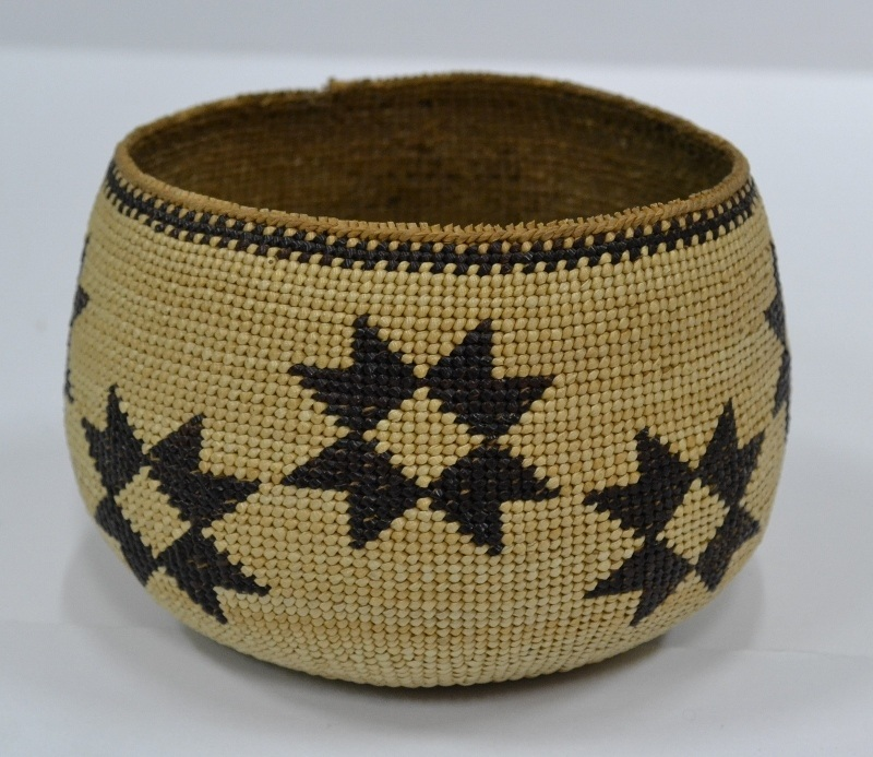 Hupa Basket with Star Design Circa 1920 Bew#807