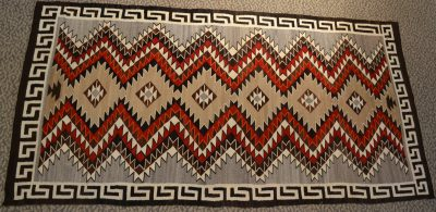 native american navajo red mesa transitional rug circa 1910-1920
