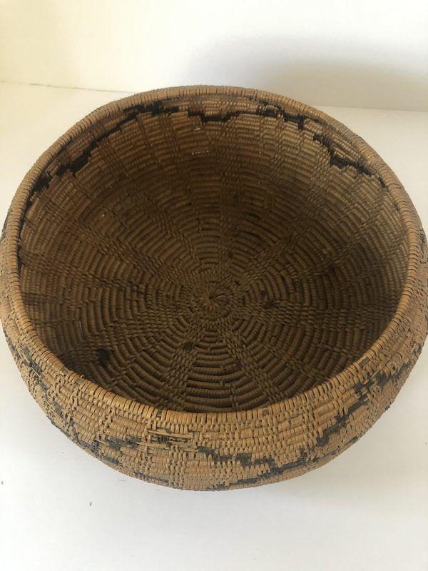 A very nice Native American Maidu basket for sale with a design that looks like diamonds