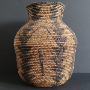 Apache Olla Basket with Triangle Design